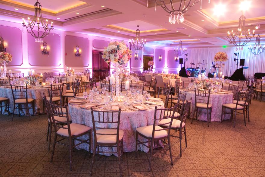 Elegant wedding reception with pastel flowers