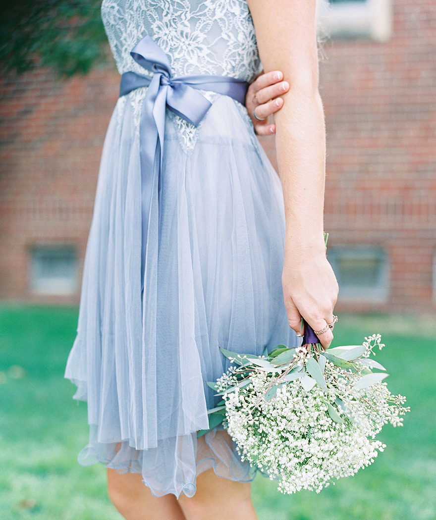 Periwinkle vintage inspired bridesmaids dress. Short bridesmaids dress and bouquet ideas.
