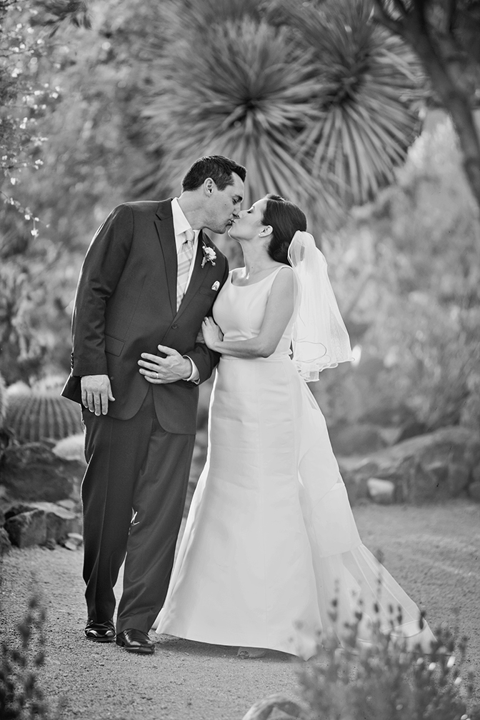 Black & white bridal portrait of a pretty wedding couple.
