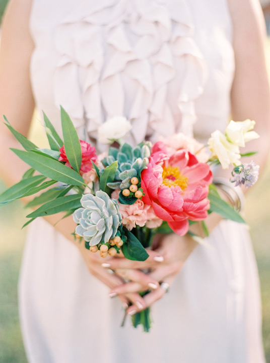 Beautiful And Bright Fl Bouquet For Wedding Party Ortment Of Pink Green
