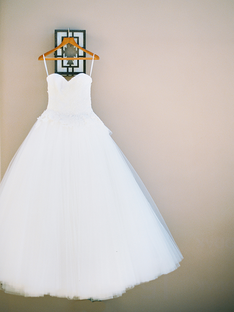 beautiful princess cut wedding gown