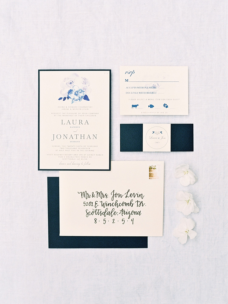 Elegant wedding invitations with watercolor touches