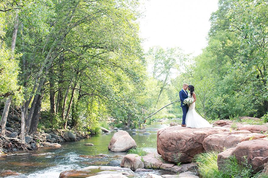 outdoor wedding portraits in Sedona, AZ