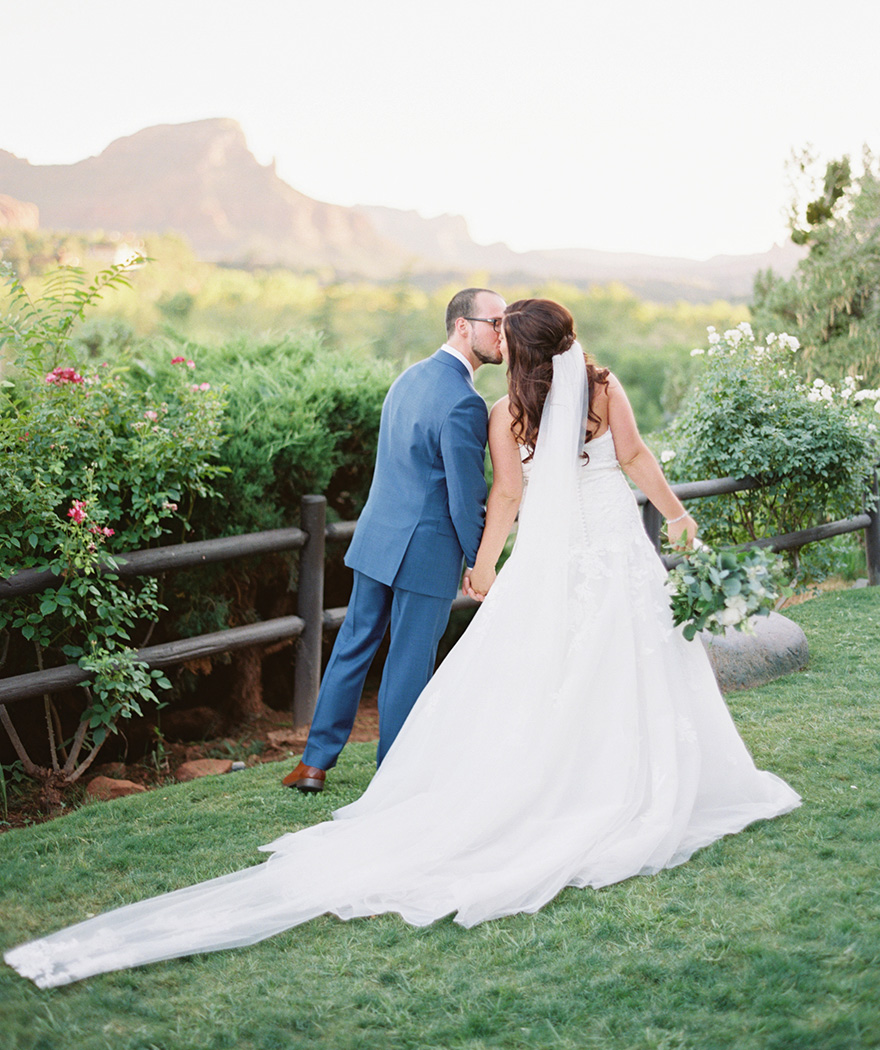romantic bride & groom in Sedona