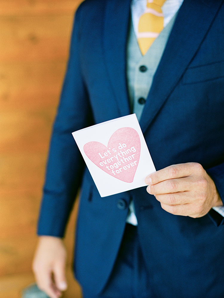 card for the groom on his wedding day