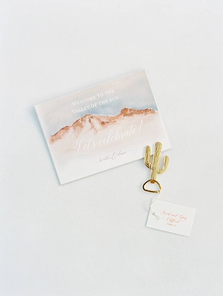 desert-themed wedding details