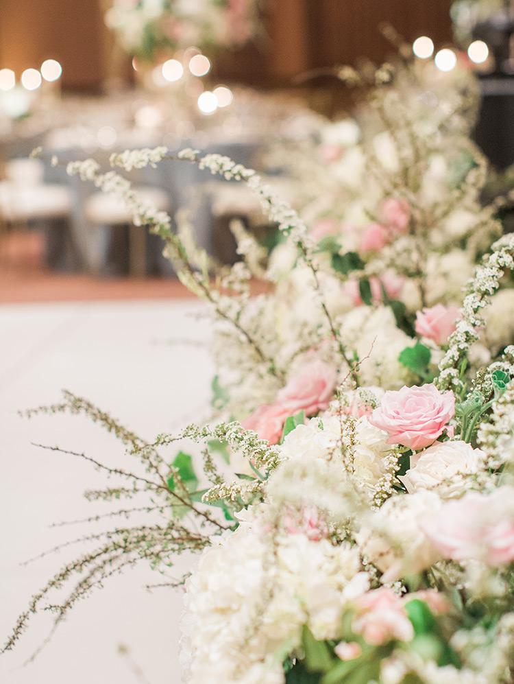 blush & cream flowers, wedding reception