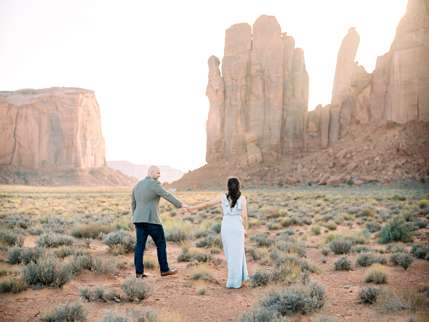 Monument Valley engagement session