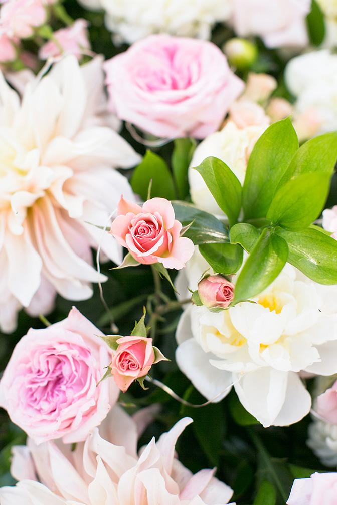 pink & white wedding flowers