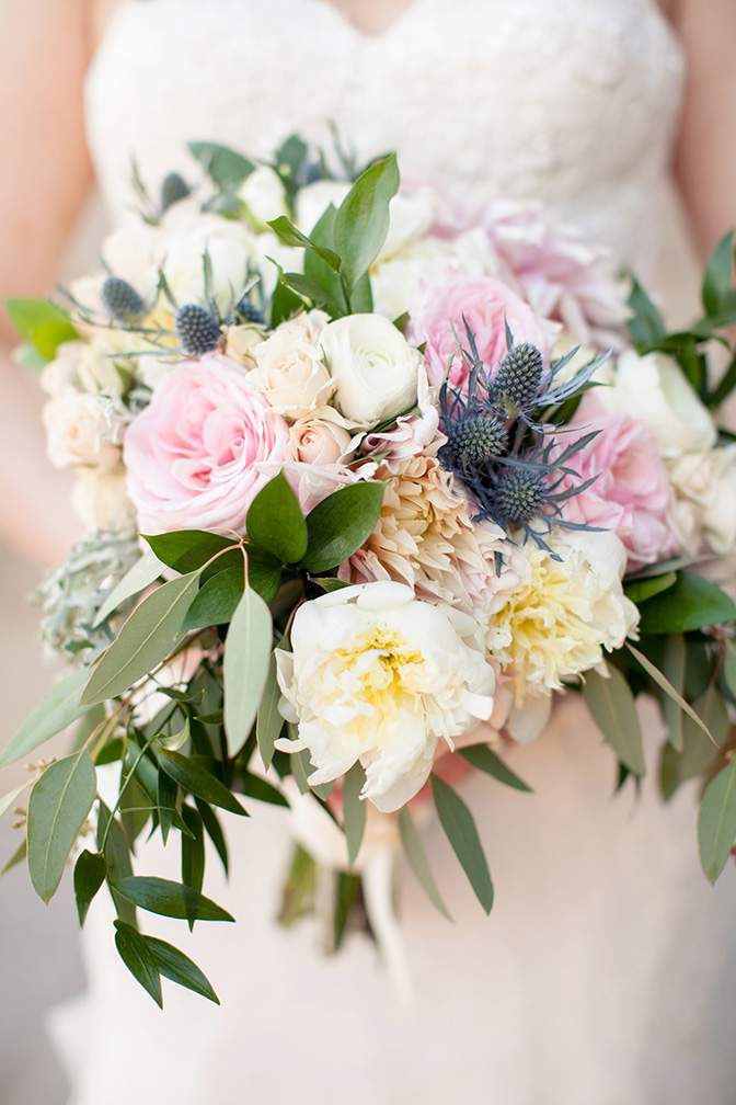 pink & white bouquet with thistles