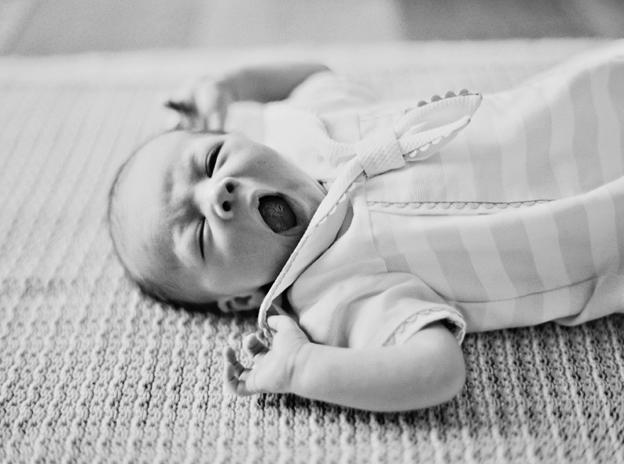 newborn lifestyle portraits in Phoenix, Arizona