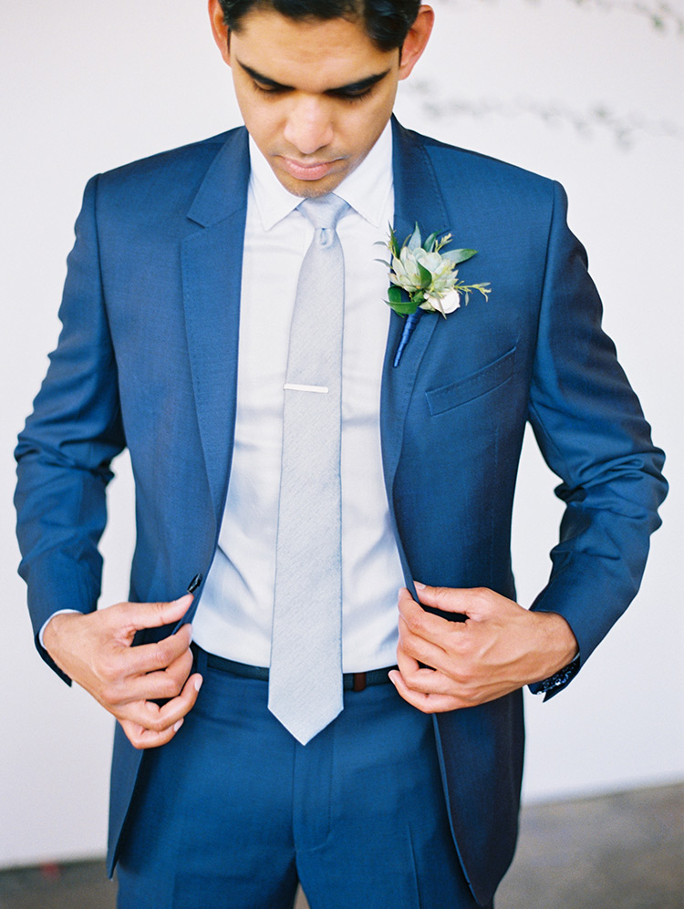 elegant blue suit for the groom