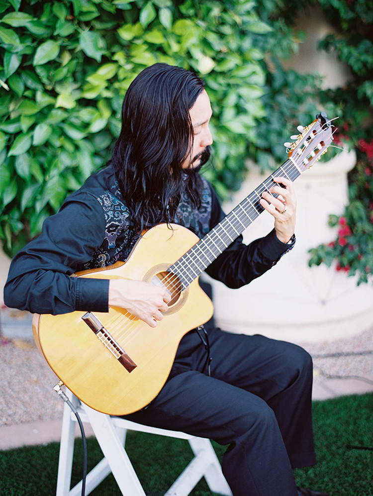 elegant Spanish guitar by Miguel de Maria
