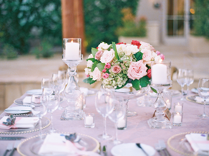 outdoor wedding reception at Four Seasons at Troon North