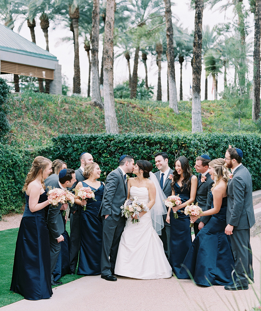 large bridal party at the Hyatt Scottsdale at Gainey Ranch