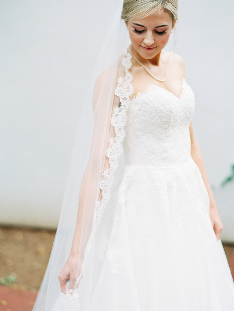cathedral veil with lace scalloped edging