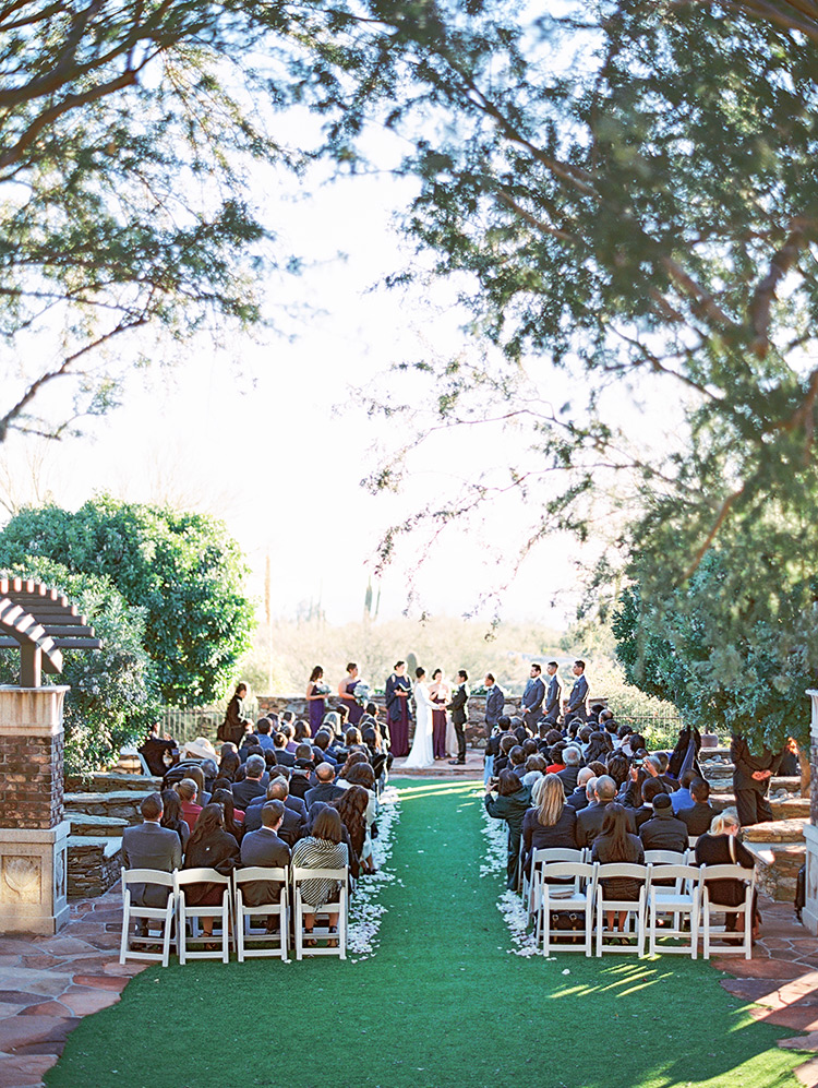 Outdoor wedding ceremony at Sassi in Phoenix, Arizona