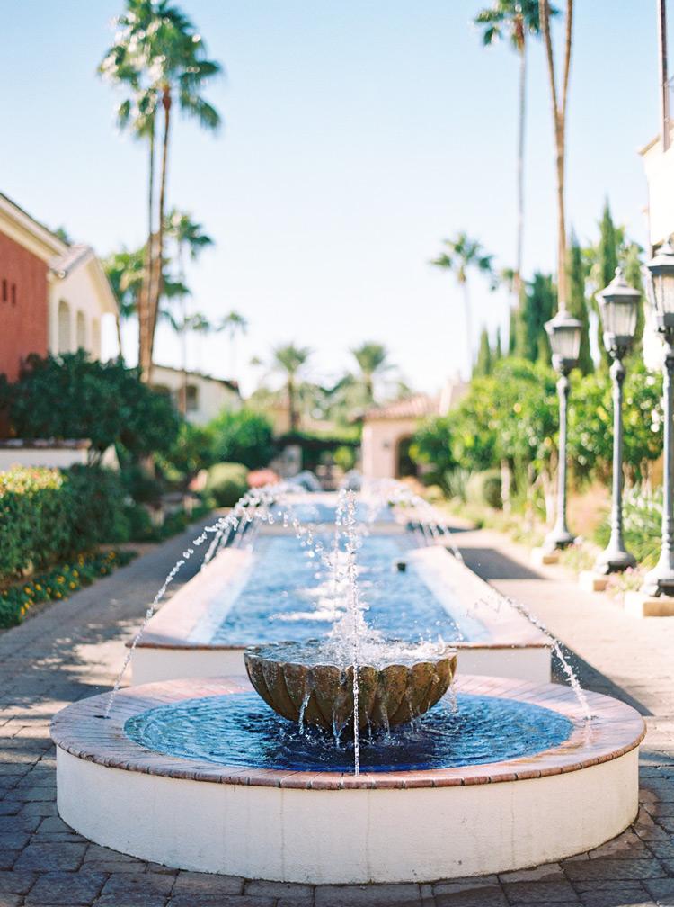 Fountains at elegant wedding at Omni Montelucia.