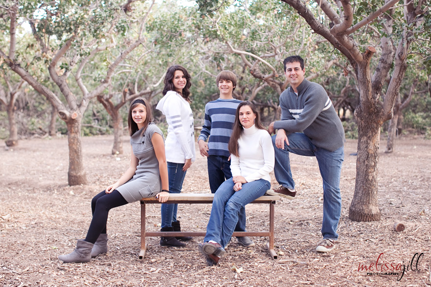 Family Picture Pose Ideas For 3