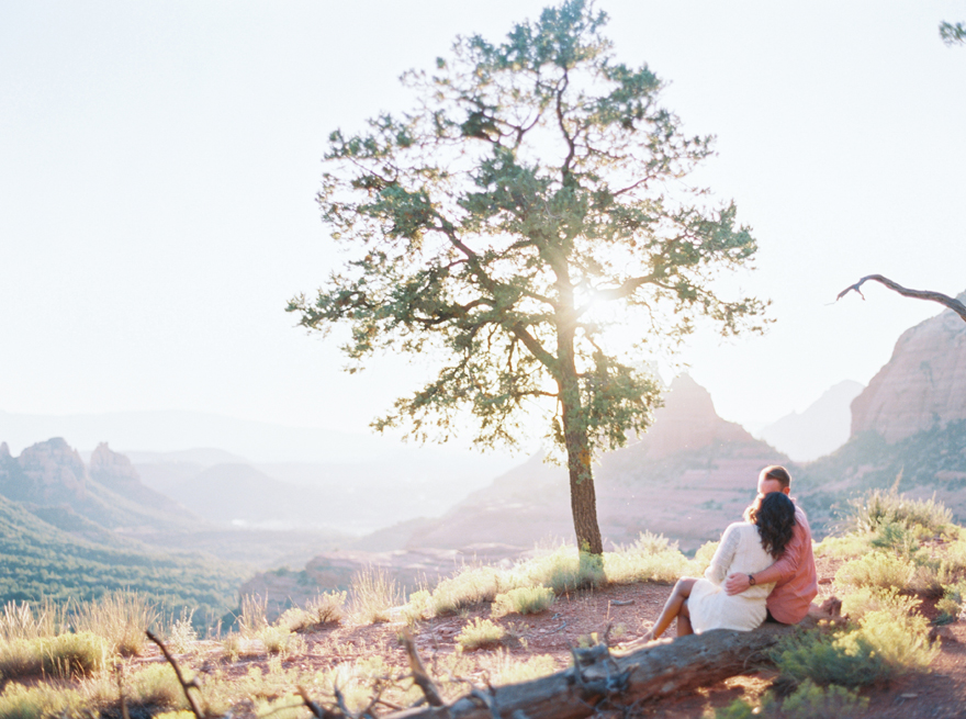 Stunning Sedona vista as background for an engagement shoot
