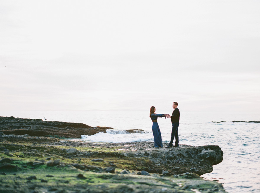 rocky shoreline at Victoria Beach, engagement photos