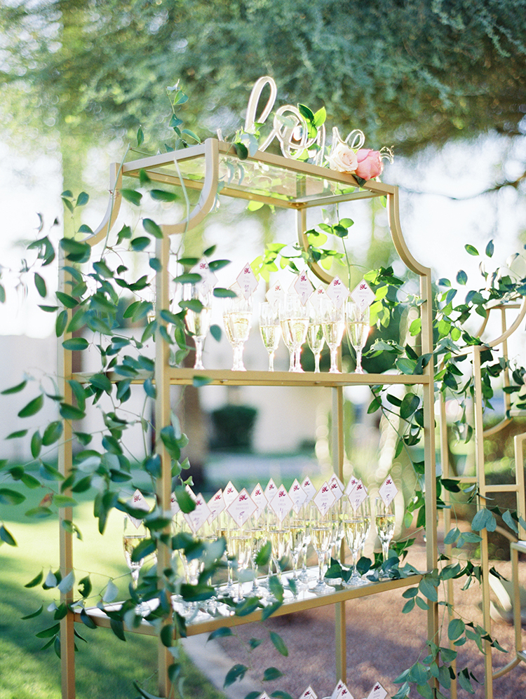champagne flute escort card display