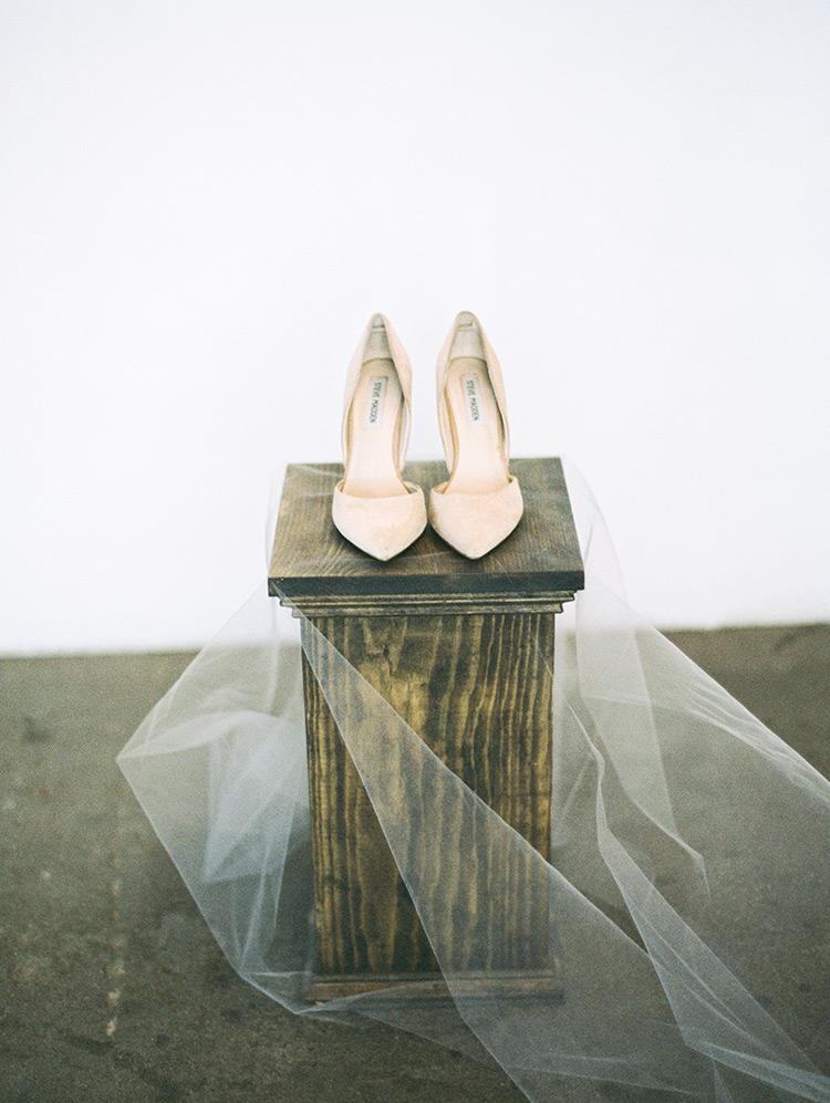 Steve Madden Varcityy blush suede heels