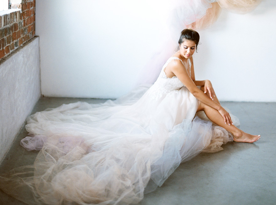 dreamy tulle look for bride