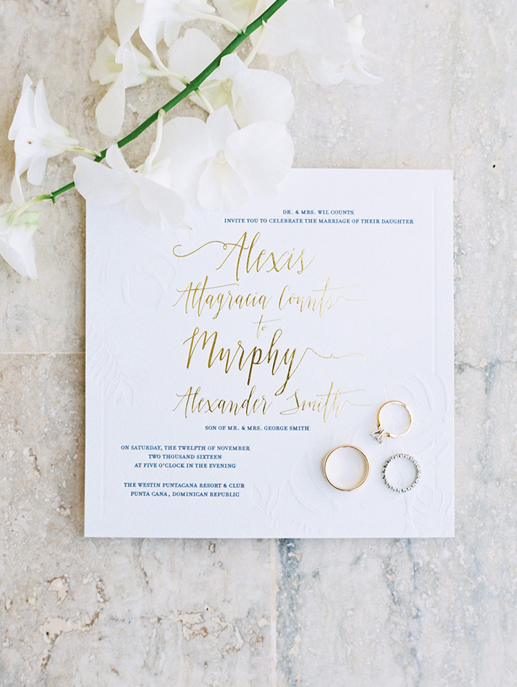 wedding invitation styling tips