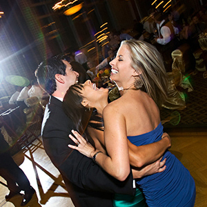 Creative tip for shooting receptions with flash
