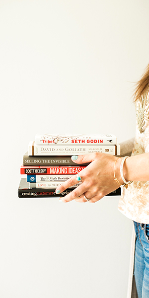 10 Books Every Wedding Photographer Should Read