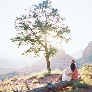 5 Gorgeous Outdoor Engagement Shoot Locations in Arizona
