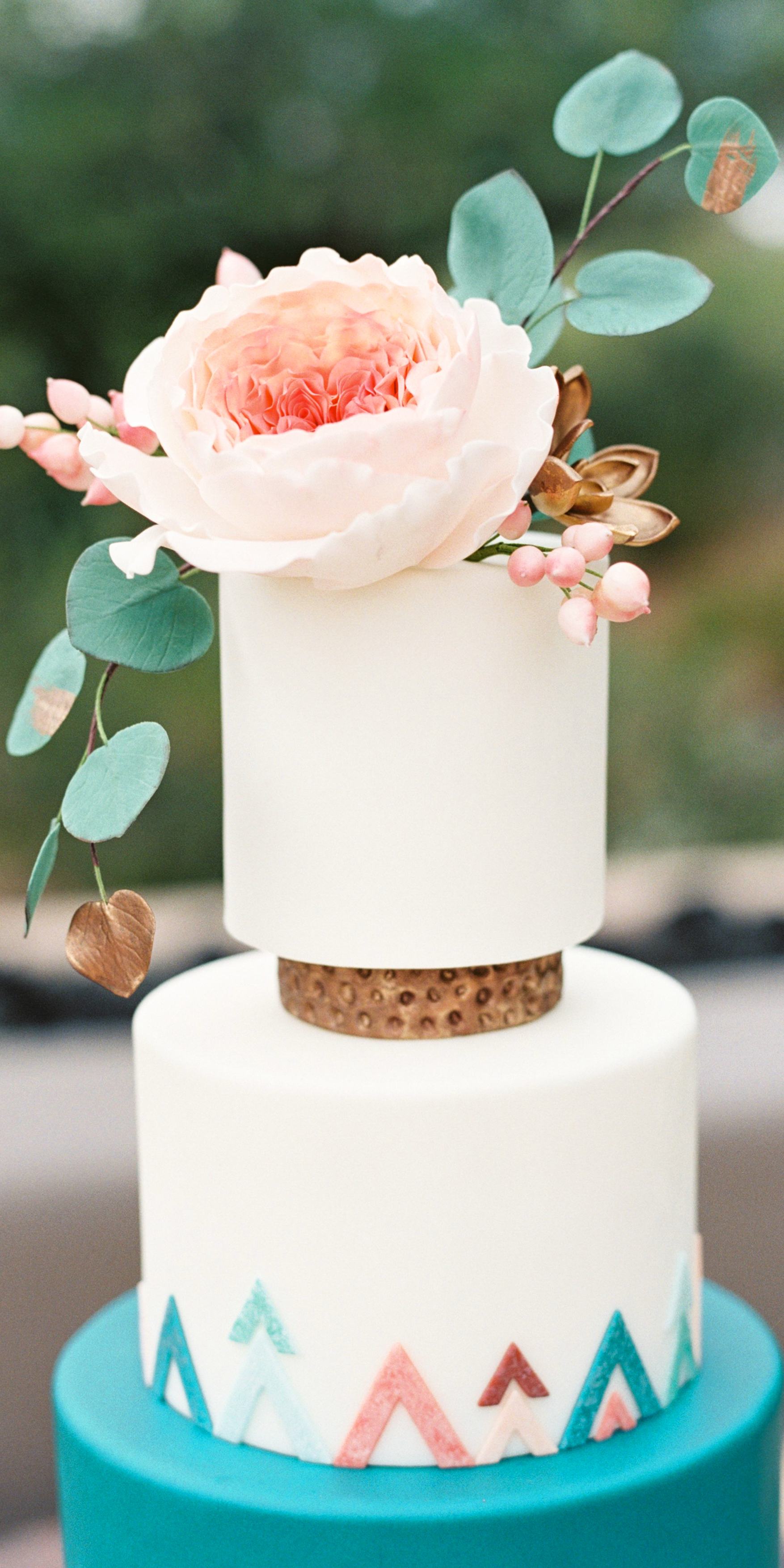 Favorite Vendor Spotlight: Heartsweet Cakes